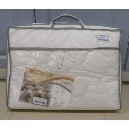 Одеяло облегченное 100гр/м овечья шерсть чехол тик 142*205
